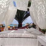 Paporo restaurant and beach bar