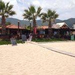 Paporo beach bar and restaurant!
