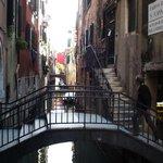 Callejuelas y canales poco transitados, los mejores