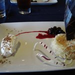 Almond-crusted cheesecake(Absolutely fantastic)