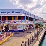 marina bar & restaurant
