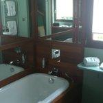 tres belle salle d'eau