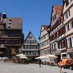Marktplatz  ligger lige op til hotellet