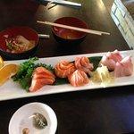Special Sashimi Combo C (8 Salmon & 5 Yellowtail)