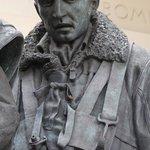 Bomber Command Memorial - detailed sculpture (2)