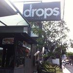 Hotel Restuarant: Drops.. Good