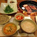 Galbi - prato típico coreano, imperdível no Gyoungbokkund