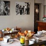 Breakfast / Petit-déjeuner