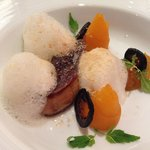 Pan-fried duck foie gras escalope with marinated pumpkin and Tonka bean foam