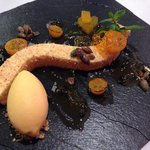 Cheese cake of Muscat pumpkin, candied kumquat and pumpkin seed oil ice cream