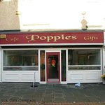 poppies the cafe
