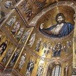 Detalhe do altar da igreja de Monreale