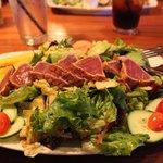 Salade de thon mi-cuit