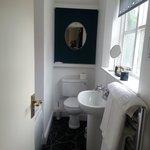 classic coach house room bathroom
