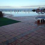 Infinity pool which is freeeeeezing!!!