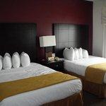 Two Queens Beds