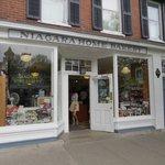 Shop at Niagara On The Lake