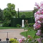 Grounds and Leonardo's Statue