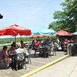 Outdoor Dining on the Veranda at Starved Rock Lodge