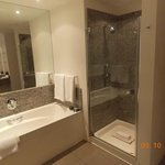 Very clean bathrooms!!