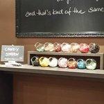 Candy-Bar in der Pausen-Lounge - danke für die Extra-Kalorien ;-)
