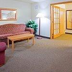 Foto de AmericInn Hotel & Suites Blackduck