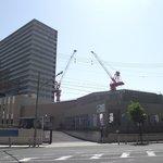 西大阪治水事務所  (手前の建物)