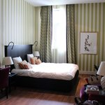 Room with King-sized bed