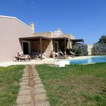 Cretan Villa's garden & pool