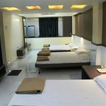 6 Bedded Club Suite