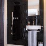 salle de bain superior room