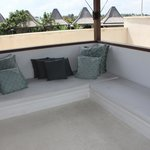 Upstairs surf viewing gazebo