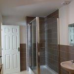 Room 6 Shower En suite