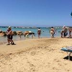 Коралловый залив и толпы туристов