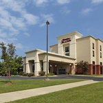 Welcome to the Hampton Inn & Suites Alexandria