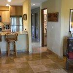 Kitchen, hallway and second bathroom MKB115