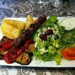 lamb souvlaki with veg instead of rice