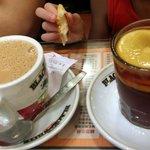 Hot Milk Tea & Lemon Tea