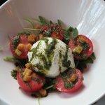Great tomato/mozzarella