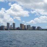 Honolulu from the Makani