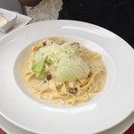 Nice rocket salad on pasta ! Italian people would be happy to see iceberg salad on pasta !