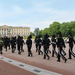 The Royal Palace - changing of the guard