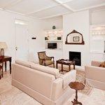 Executive Suite Lounge