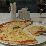 Pizza 4 formaggi (small portion)