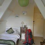 Room 7, partial sea view single