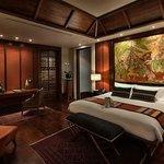 Riverside Grand Suite