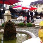 Interlaken - Restaurant The Verandah - drinking a cool drink in the garden cafe