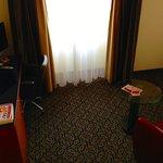 Der hässliche Teppich und die Vorhänge