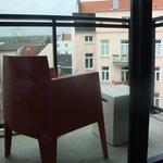 Ausblick vom Balkon in den Innenhof