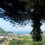 vista del Lago di Garda dalla terrazza della stanza